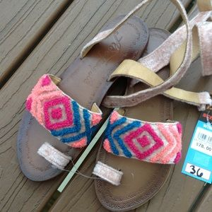 new FREE PEOPLE chenille toe loop sandals 36 6